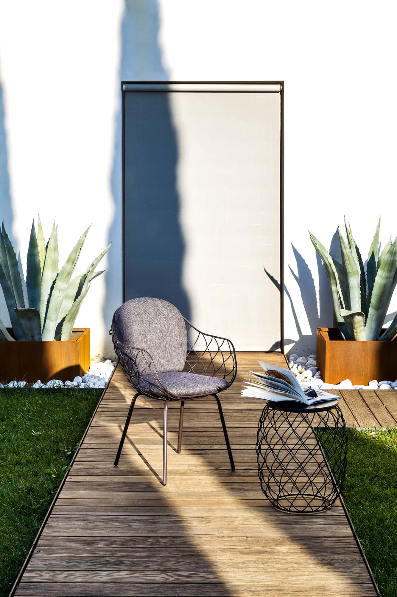 2MD Outdoor Furnitures - Magis